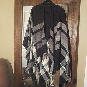 Sweaters - Blanket cardigan